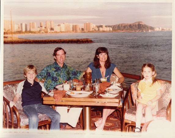 Dining, Honolulu, 1980